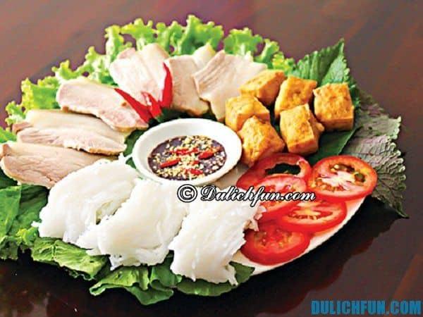 Đặc sản Hà Nam có món bún Tái Kênh ngon nổi tiếng. Sợi bún giòn, dai, ngon, trắng ngần.