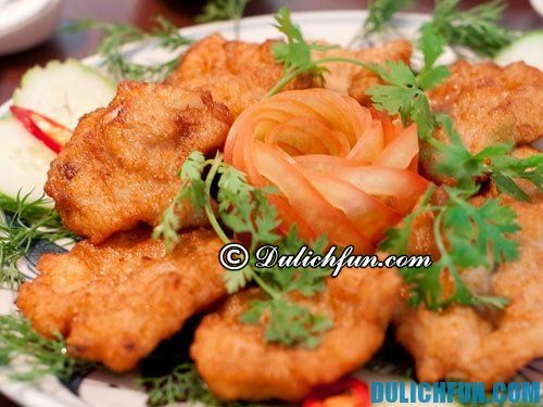 Chả mực một trong những món ăn ngon nổi tiếng nhất Việt Nam. Đặc sản Quảng Ninh nên thưởng thức, ngon hấp dẫn. Món ăn thơm ngon giàu giá trị dinh dưỡng.