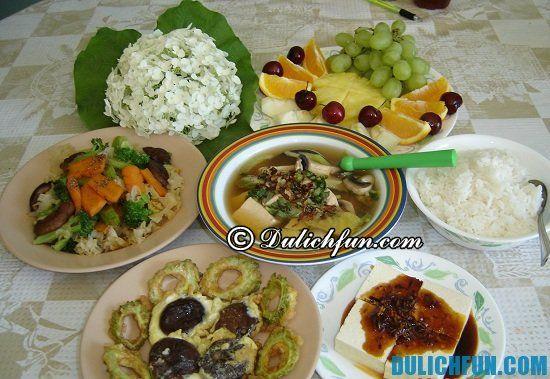 Địa điểm ăn uống và món ăn đặc sản ở Huế