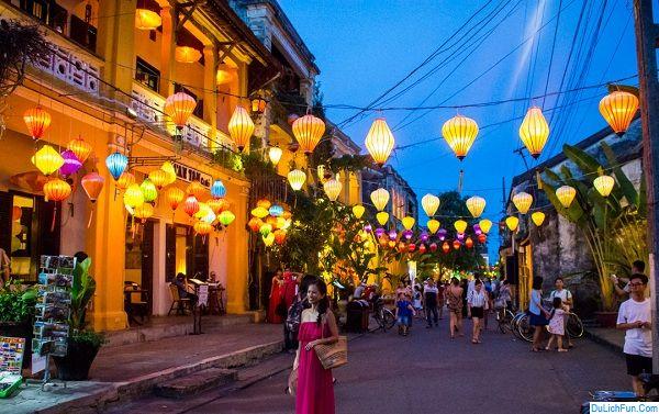 Địa điểm du lịch nổi tiếng gần Đà Nẵng: Du lịch Đà Nẵng nên đi đâu chơi, tham quan?