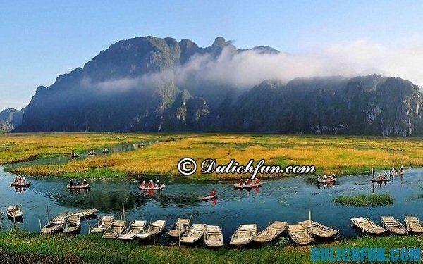 Kinh nghiệm du lịch đầm Vân Long tự túc giá rẻ không nên bỏ lỡ trong dịp hè này. Địa điểm du lịch nổi tiếng Ninh Bình.