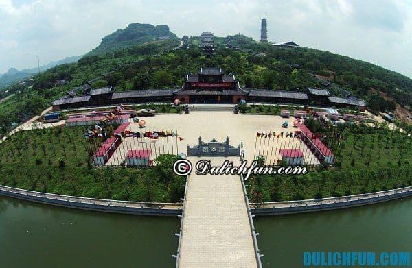 Quần thể chùa Bái Đính, khu du lịch tâm linh nổi tiếng nhất Ninh Bình với nhiều kỉ lục.