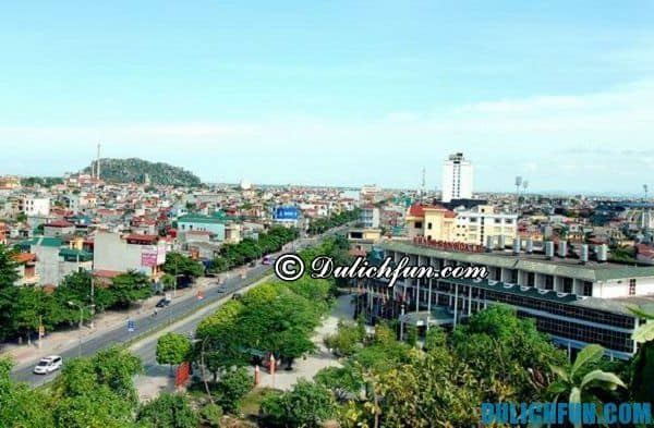 Ninh Bình trở thành trọng điểm du lịch của miền Bắc với nhiều danh lam thắng cảnh và khu bảo tồn thiên nhiên, khu du lịch sinh thái