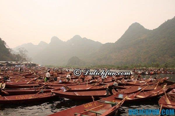 Phương tiện di chuyển chính du lịch chùa Hương