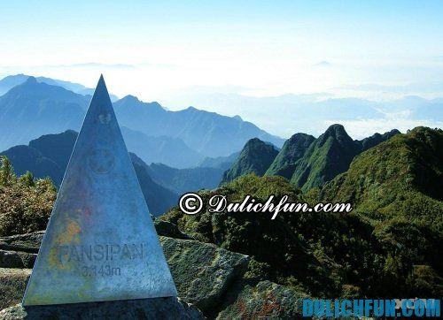 Đỉnh núi Fansipan/Phan Si Păng, điểm du lịch nổi tiếng ở Sapa: Nơi có phong cảnh đẹp nhất Sapa