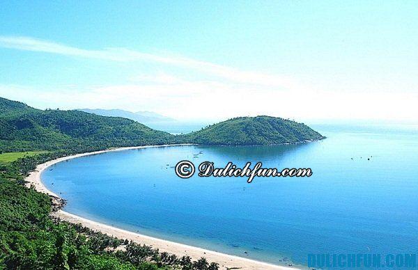 Du lịch đảo Cù Lao Chàm thú vị, tiết kiệm, khám phá những bãi tắm đẹp và nổi tiếng ở Cù Lao