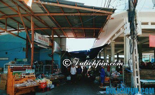Kinh nghiệm du lịch Bình Ba: Địa điểm ăn vặt ngon ở Bình Ba