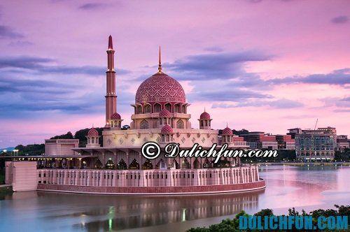 Top 6 địa điểm du lịch ở Kuala Lumpur độc đáo, choáng ngợp: thánh đường quốc gia ở Kuala Lumpur