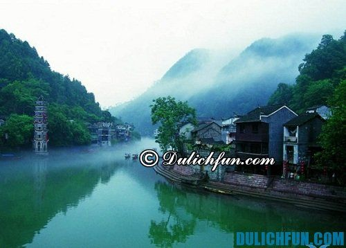 Hướng dẫn du lịch Trương Gia Giới chi tiết, đầy đủ: Hồ Bảo Long - Kinh nghiệm du lịch Trương Gia Giới