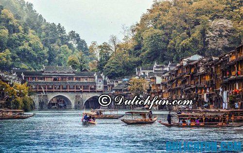 Kinh nghiệm du lịch bụi Trương Gia Giới: địa điểm du lịch ở Phượng Hoàng cổ trấn đẹp, nổi tiếng