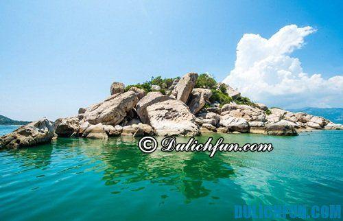 Top 5 hòn đảo xinh đẹp, hoang sơ không nên bỏ qua trong hè này