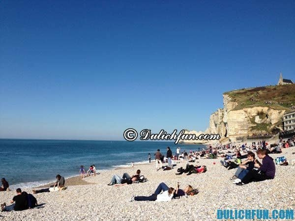 Bãi biển Sainte Marine biển nổi tiếng ở Pháp, bãi biển đẹp nhất ở Pháp. Du lịch Pháp thú vị vui vẻ