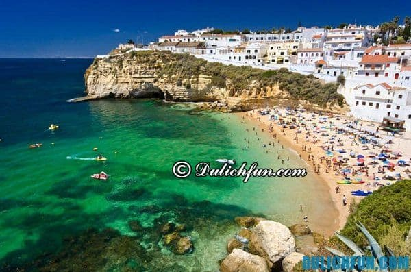 Biển Lagos ở Bồ Đào Nha, những bãi biển đẹp nhất châu Âu. Châu Âu có bãi tắm nào đẹp?