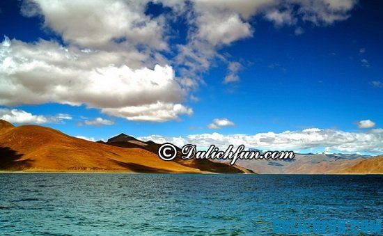 Hồ nước mặn Namtso, địa điểm tham quan, du lịch nổi tiếng ở Tây Tạng