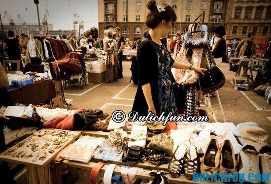 Kinh nghiệm mua sắm khi du lịch Nhật Bản. Đi du lịch Nhật Bản nên mùa gì về làm quà? Mỹ phẩm và quần áo, mặt hàng nên mua khi du lịch Nhật Bản