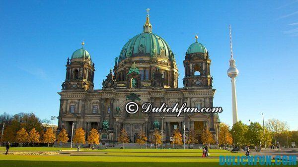 Nhà thờ ở Berlin, địa điểm du lịch đẹp ở Berlin, điểm tới không thể bỏ qua khi du lịch ở Berlin. Tổng hợp địa điểm du lịch nổi tiếng đẹp ở Berlin - Nên đi đâu chơi, tham quan khi du lịch Berlin?
