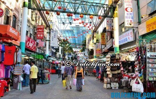 Du lịch Malaysia nên mua gì làm quà? Các mặt hàng thời trang, nhưng món quà nên mua khi du lịch Malaysia