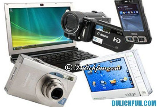 Đồ điện tử, món đồ nên mua làm quà khi du lịch Malaysia.