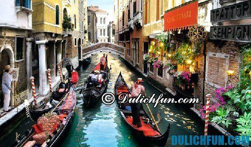 Những phương tiện di chuyển chủ yếu ở Venice là đi bộ và tàu thuyền - Kinh nghiệm du lịch Venice Ý tự túc, giá rẻ