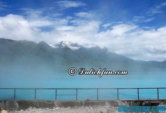 Suối nước nóng Yangbajain, địa điểm tham quan, du lịch đẹp, hấp dẫn và thú vị ở Tây Tạng