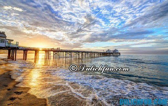 Tour du lịch Los Angeles giá rẻ: Bãi biển Malibu, địa điểm tham quan nổi tiếng nhất ở Los Angeles nhất định bạn phải tới
