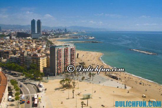 Lịch trình vui chơi, du lịch ở Barcelona: Bãi biển La Barceloneta, địa điểm du lịch lý tưởng nhất ở Barcelona vào mùa hè