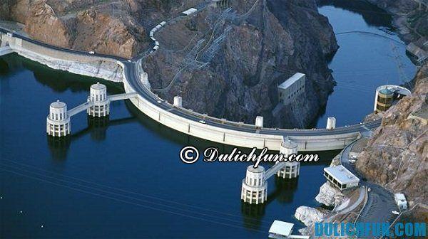 Hoover Dam, con đập lớn ở Las Vegas, những địa điểm vui chơi lý tưởng ở Las Vegas. Địa điểm du lịch nổi tiếng ở Las Vegas