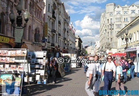 Mua đồ lưu niệm ở đâu khi du lịch Nga? Khu phố cổ Arbat, địa điểm mua sắm đồ lưu niệm nổi tiếng ở Nga