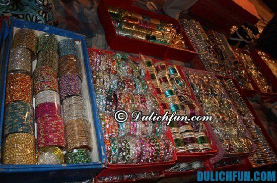 Kinh nghiệm tham quan, mua sắm khi đi du lịch New Delhi: Mua gì, ở đâu khi du lịch New Delhi? Địa điểm mua sắm ở New Delhi