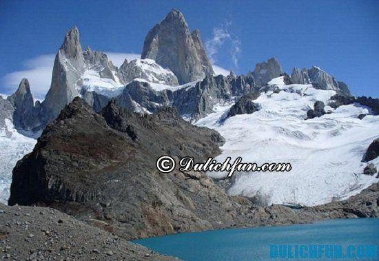 Đi đâu chơi, chụp ảnh, ngắm cảnh khi du lịch Argentina? Ngọn núi Monte Fitz Roy, địa điểm tham quan, du lịch nổi tiếng ở Argentina