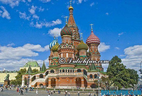 Đi đâu khi du lịch Nga? Cung điện Kremlin, địa điểm tham quan, du lịch nổi tiếng ở Nga