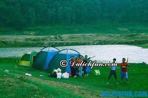 Kinh nghiệm du lịch hồ Quan Sơn tiết kiệm, giá rẻ: nghỉ ngơi ở hồ Quan Sơn