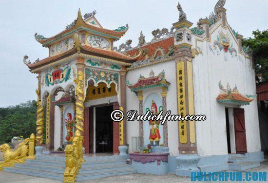 Tư vấn lịch trình tham quan du lịch Hòn Dấu: Đi đâu, chơi gì khi du lịch Hòn Dấu? Đền thờ Nam Hải Thần Vương, địa điểm tham quan, du lịch nổi tiếng ở Hòn Dấu