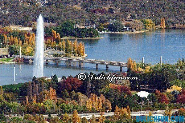 Khu Parliamentary Triangle ở Canberra. Những địa điểm du lịch đẹp, nổi tiếng ở Canberra. Những địa điểm du lịch nổi tiếng ở Canberra. Những địa điểm du lịch nổi tiếng ở Canberra
