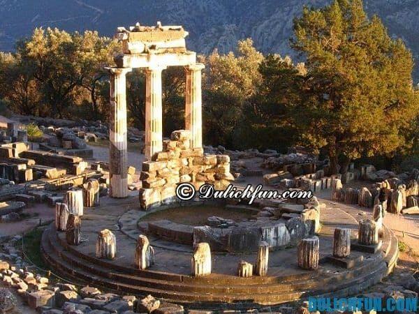 Khu di tích Delphin, địa điểm du lịch nổi tiếng ở Hy Lạp. Những địa điểm du lịch đẹp nhất ở Hy Lạp. Nơi vui chơi, ngắm cảnh, chụp ảnh đẹp ở Hy Lạp