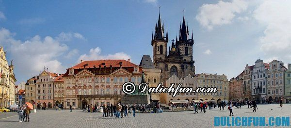Staromestske Namesti quảng trường ở Praha, Những địa điểm du lịch đẹp, hấp dẫn nhất ở Praha. Du lịch Praha nên vui chơi ở đâu đẹp, thú vị