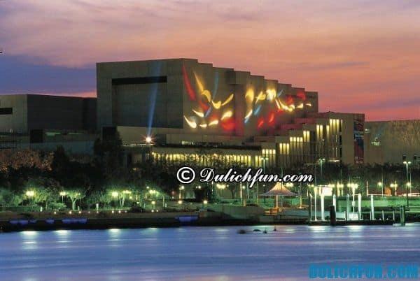 Trung tâm văn hóa ở Queensland. Địa điểm du lịch đẹp, hấp dẫn nhất ở Brisbane, địa điểm tham quan thú vị ở Brisbane