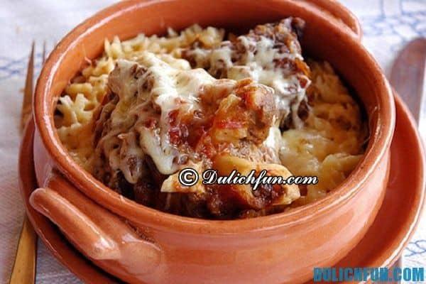 Youvetsi món ngon, nổi tiếng ở Hy Lạp. Những món ăn ngon nổi tiếng ở Hy Lạp. Du lịch Hy Lạp nên ăn món gì?