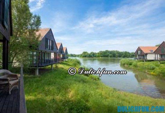 Hướng dẫn lịch trình vui chơi, ăn uống, tham quan khi đi du lịch Hungary: Hồ Tisza, địa điểm tham quan du lịch nổi tiếng ở Hungary không nên bỏ lỡ. Khám phá các địa điểm tham quan du lịch hấp dẫn ở Hungary