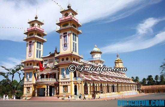 Đi đâu khi du lịch Tây Ninh? Tòa Thánh Tây Ninh, địa điểm tham quan, du lịch hấp dẫn, nổi tiếng ở Tây Ninh bạn không nên bỏ lỡ