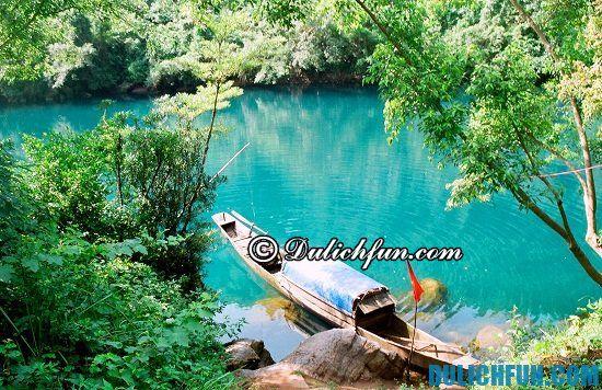 Chia sẻ kinh nghiệm du lịch suối nước Moọc vui vẻ, hấp dẫn. Hướng dẫn du lịch suối nước Moọc