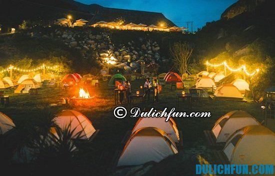 Một số kinh nghiệm cắm trại dã ngoại buổi tối bạn nên biết? Những vật dụng cần thiết để đi cắm trại qua đêm