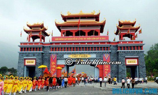 Những ngôi chùa cầu tài lộc, bình an dịp tết nguyên đán ở gần Hà Nội. Điểm tên các địa điểm du xuân ngày tết cầu tài lộc ở gần Hà Nội