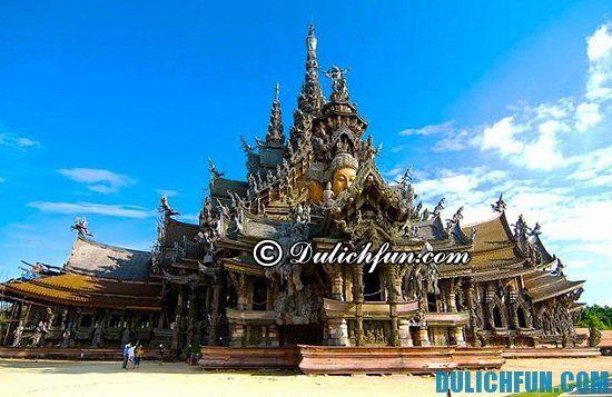 Điểm tên những địa điểm tham quan, du lịch nổi tiếng nhất ở Pattaya, Thái Lan. Danh sách những địa điểm du lịch đẹp, hấp dẫn và thú vị ở Pattaya