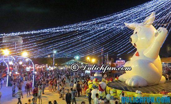 Du lịch ở Sài Gòn buổi tối nên đi đâu? Công viên Lê Thị Riêng, địa điểm chơi buổi tối sôi nổi và thú vị ở Sài Gòn