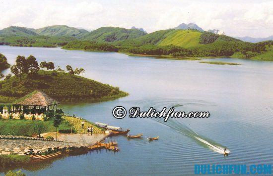 Nên đi đâu khi du lịch Yên Bái? Hồ Thác Bà, địa điểm tham quan, du lịch đẹp ở Yên Bái, danh lam thắng cảnh nổi tiếng Yên Bái