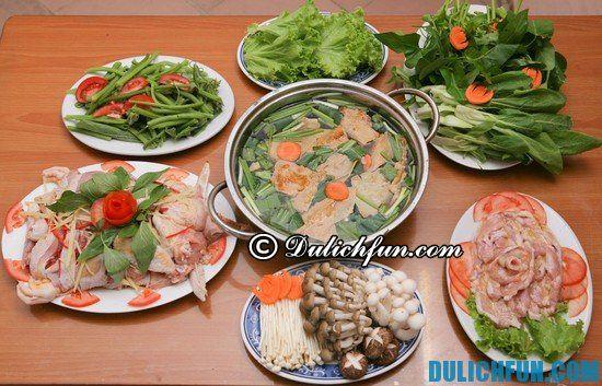 Quán lẩu gà nổi tiếng ở Hà Nội