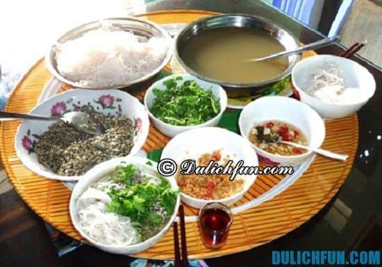 Du lịch Quảng Trị nên ăn gì? Bún hến Mai Xá, món ăn ngon, dân dã ở Quảng Trị
