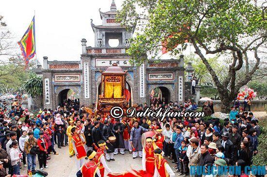 Một số lễ hội truyền thống ở Hà Nội bạn không nên bỏ lỡ. Các lễ hội độc đáo ở Hà Nội bạn nên tham dự
