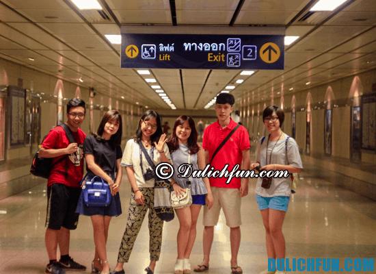 Trải nghiệm tàu điện ngầm trong tour du lịch Thái Lan